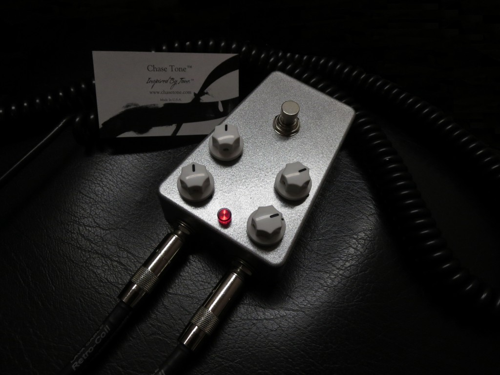 Chase Tone Silver Stardust White Knobs